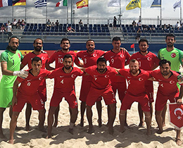 Beach Soccer National Team lost against Greece: 4-1
