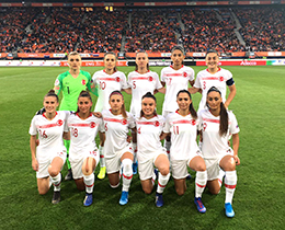 Womens A National Team lost against Holland: 3-0