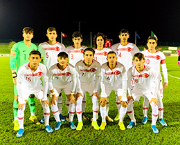 U17s lost against Italy: 4-0