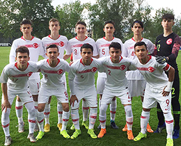 U15s lost against Switzerland: 2-1