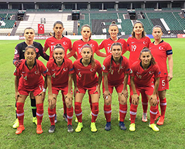 Womens A National Team lost against Slovenia: 6-1